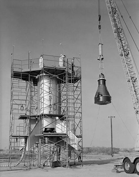 La cápsula del proyecto Mercury, que fue el primer programa de vuelos espaciales humanos en los Estados Unidos, se llevó a cabo desde 1958 hasta 1963.