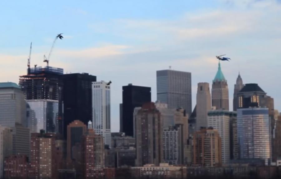 """Реклама триллераХроника(Chronicle). Один из способов привлечь к нему внимание, стал вирусный ролик с """"летающими людьми"""" снятый вНью-Йорке"""